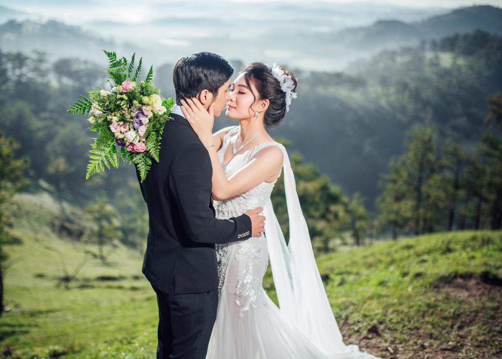 Ảnh cưới Đà Lạt màu trong sáng