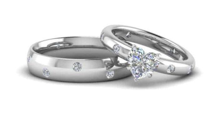 Nhẫn bạch kim