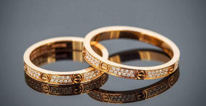 kinh-nghiem-mua-nhan-cuoi-vang-18kKinh nghiệm chọn mua nhẫn cưới vàng 18k