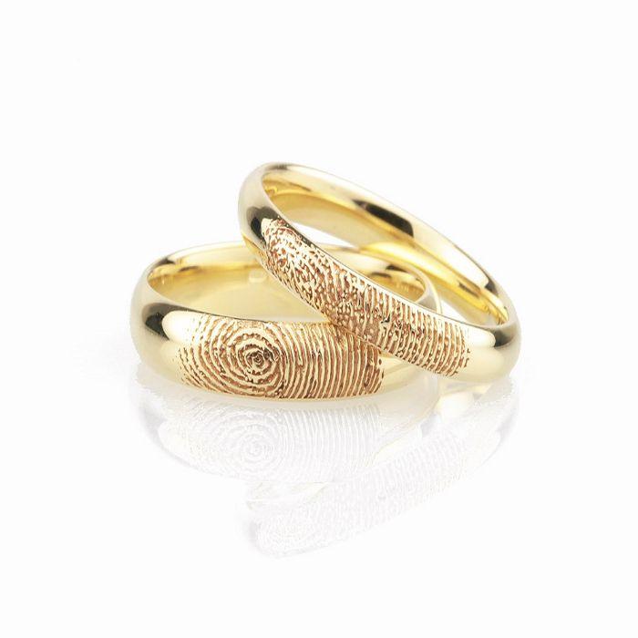 Nhẫn cưới khắc vân tay của cô dâu chú rể
