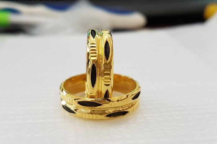Nhẫn cưới lông đuôi voi là một lá bùa đem lại may mắn cũng như hạnh phúc trong hôn nhân