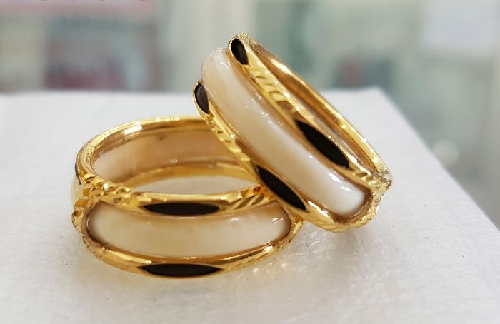 Bật mí ý nghĩa của nhẫn cưới lông đuôi voi