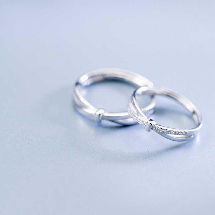 Nhẫn đôi PNJ bạc đính đá CZ Swarovski nữ tính